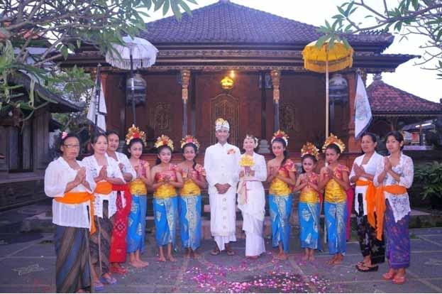 Chi Siamo - Bali Dimora Tour